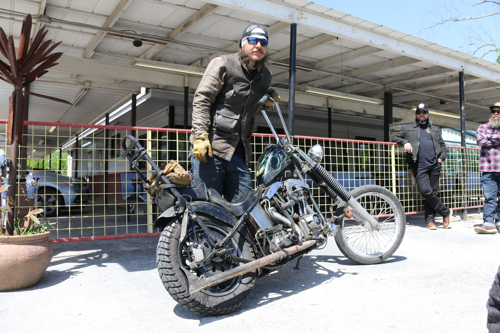 Danger Dan and J&P Cycles Run to the Handbuilt Show on