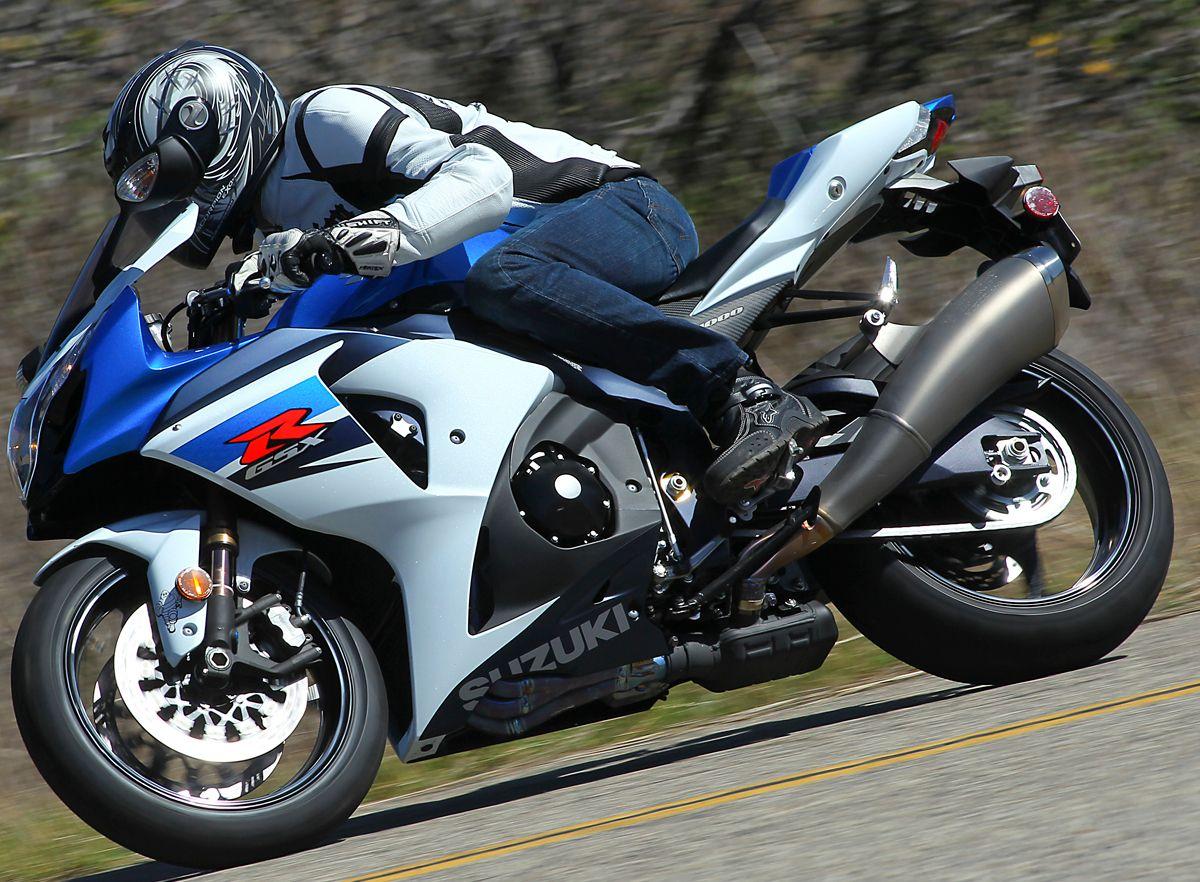 2011 Suzuki GSX-R1000 Street Comparison