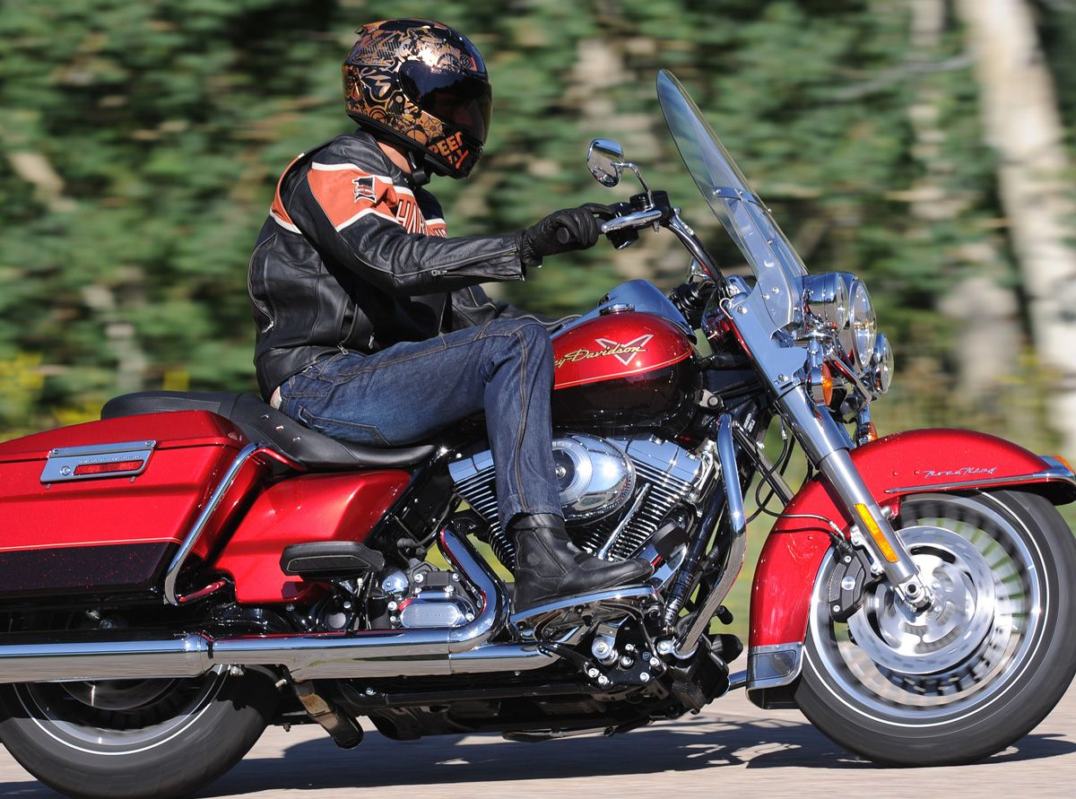 2012 Harley-Davidson Road King First Ride