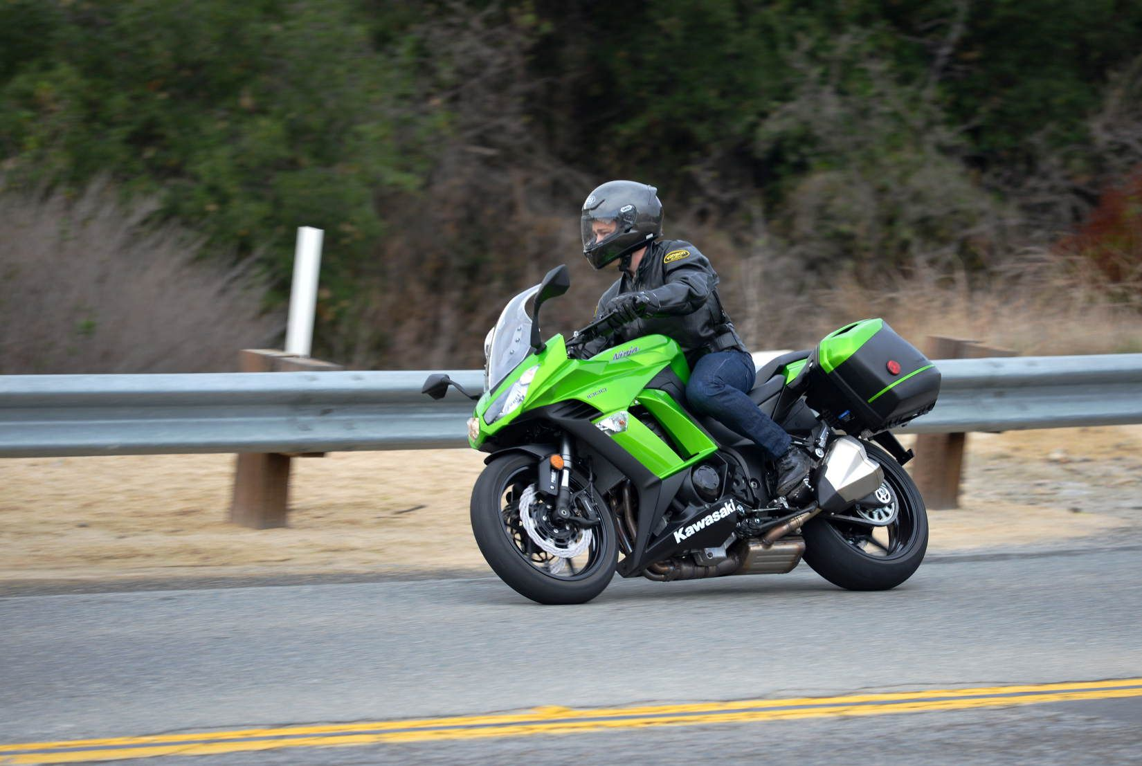 2011 Kawasaki Ninja 1000 First Ride
