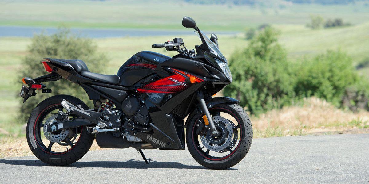 2012 Yamaha FZ6R Comparison