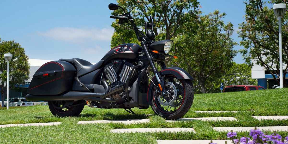 2013 Victory Hard-Ball First Ride