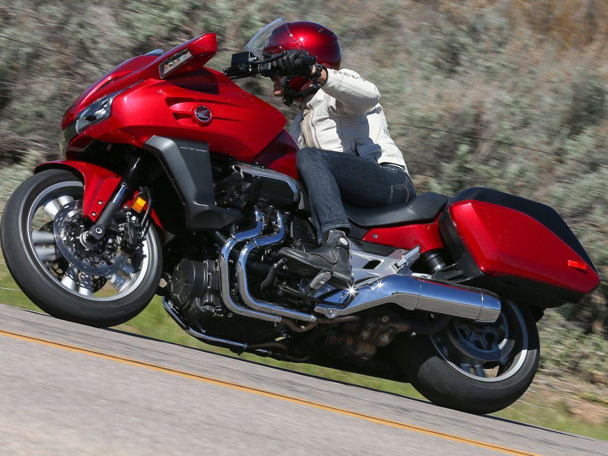 2014 Honda CTX1300 First Ride