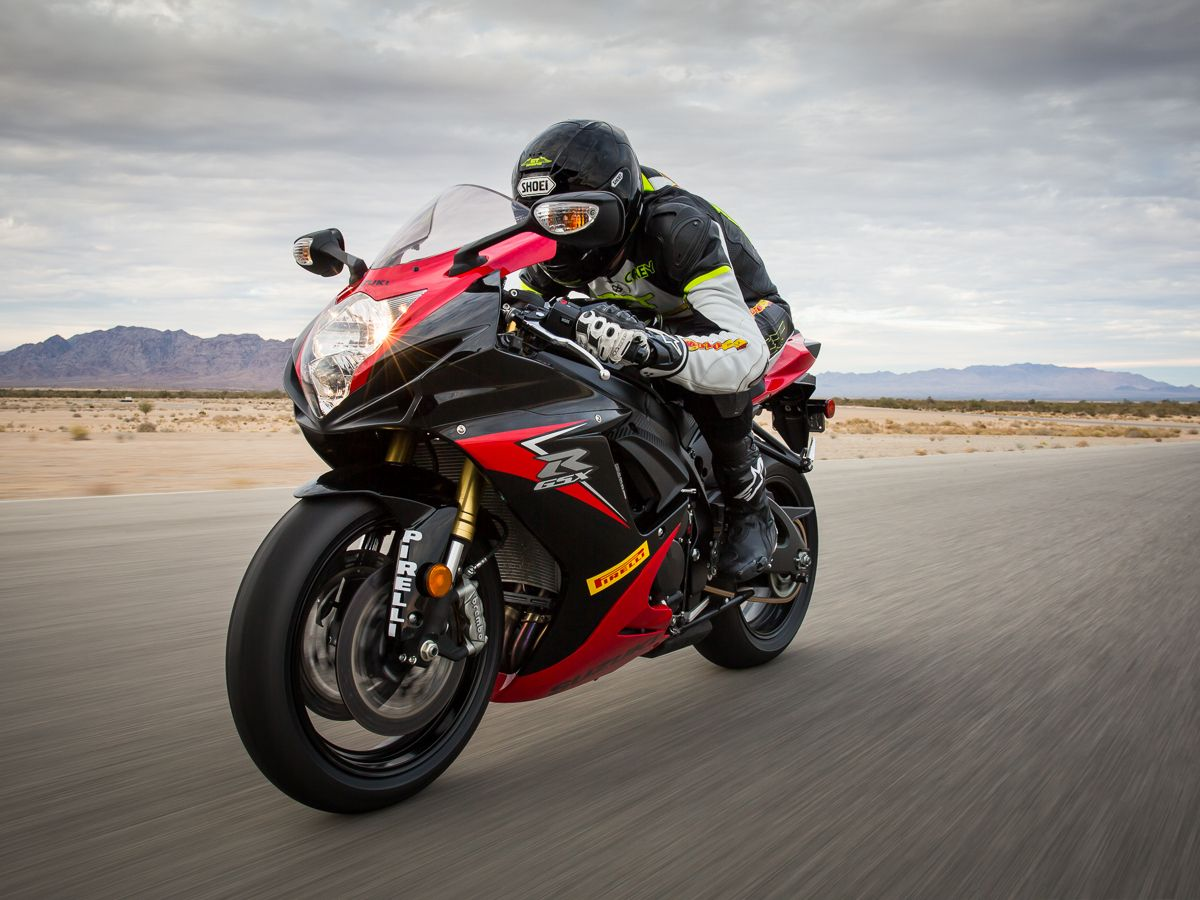 2014 Suzuki GSX-R750 Comparison