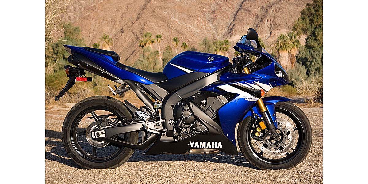 2006 Yamaha YZF-R1 Comparison