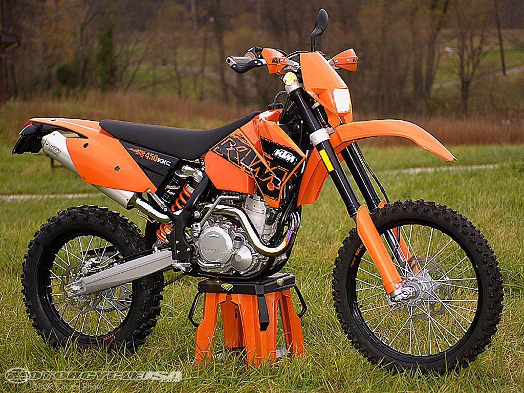 2007 KTM 450 EXC Review on Countersteer