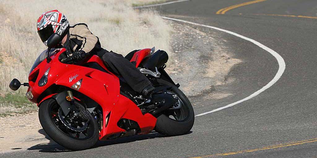 2007 Kawasaki ZX-10R Review on Countersteer