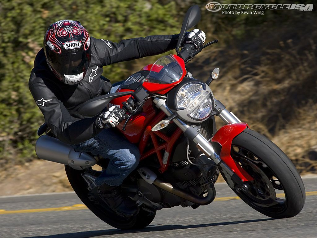 2009 Ducati Monster 696 Comparison