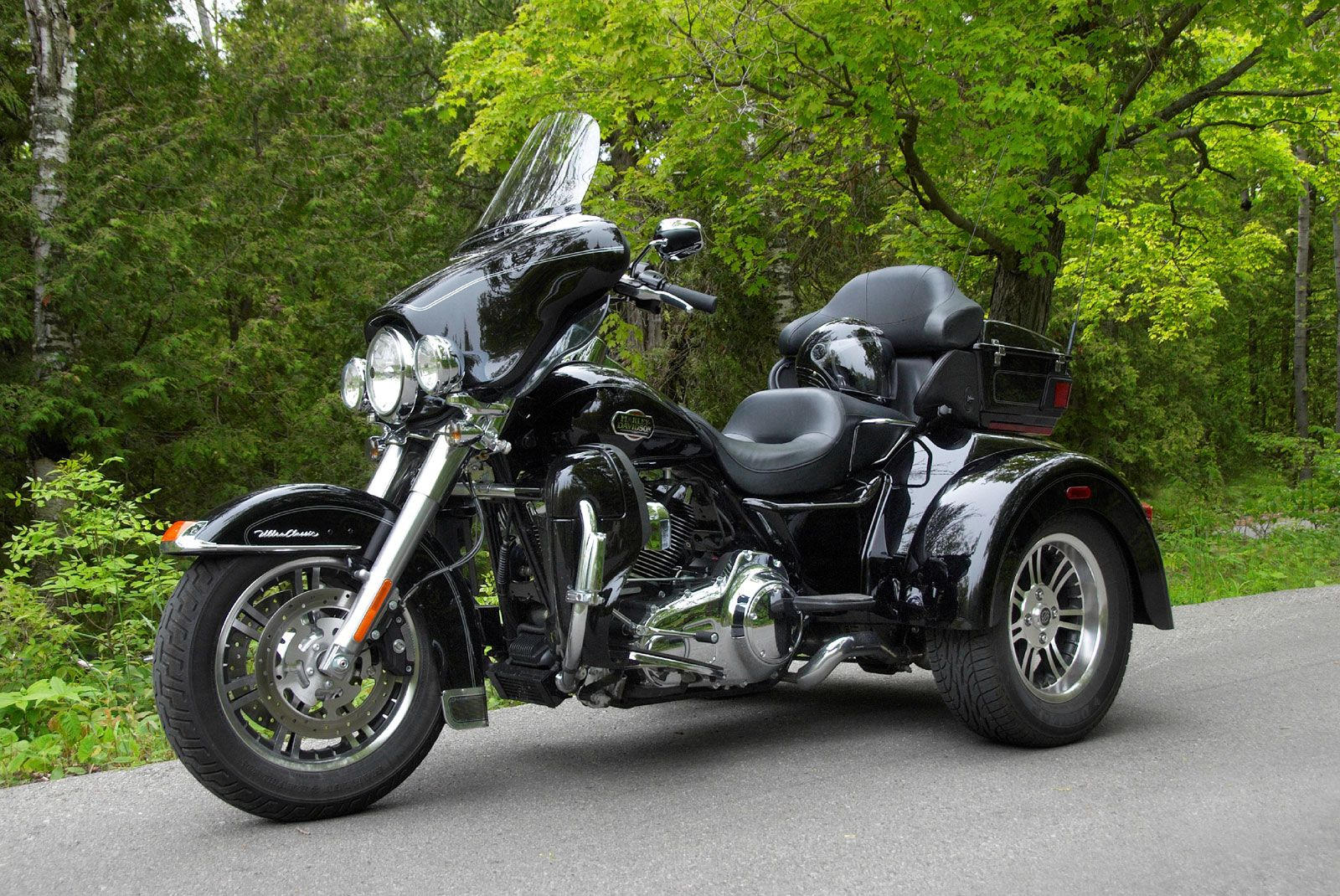 2009 Harley-Davidson Tri Glide 1st Look on Countersteer