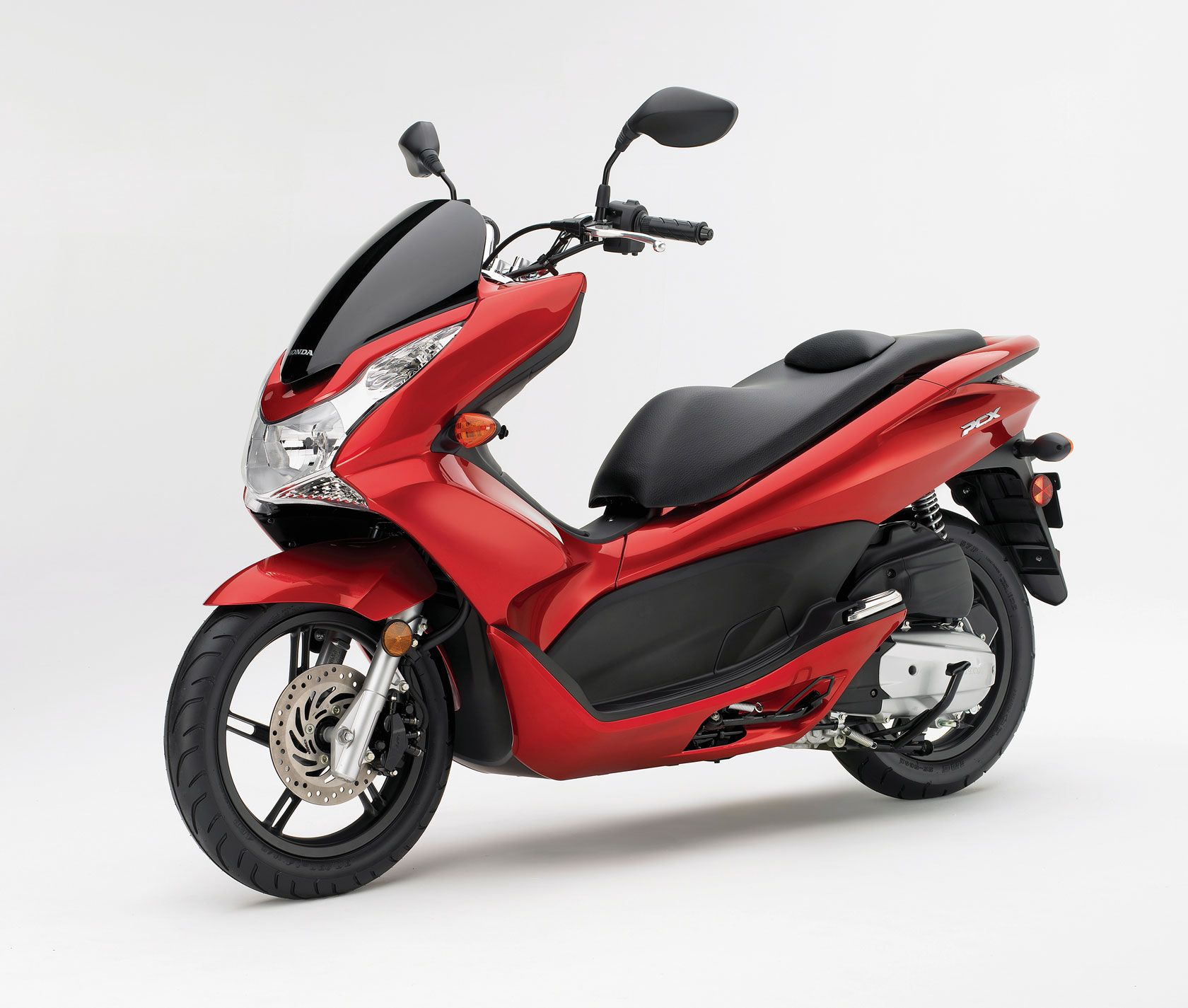 2011 Honda PCX 125 Scooter First Ride