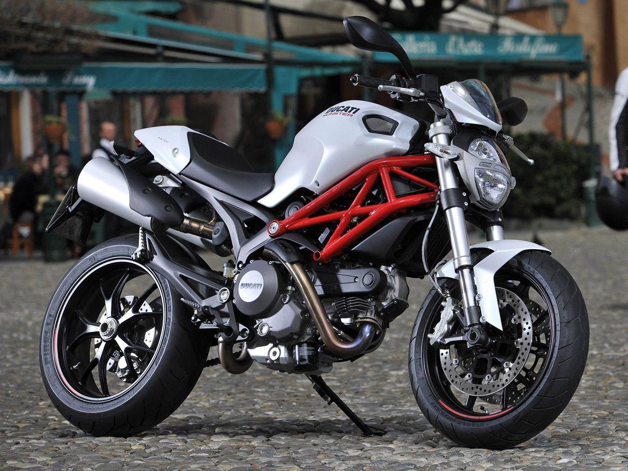 2011 Ducati Monster 796 Comparison Review