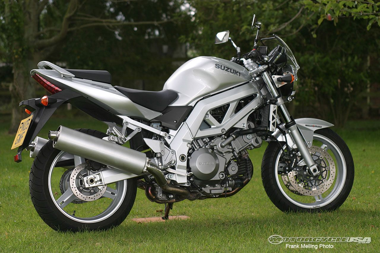 Fonkelnieuw Retro Ride: The Suzuki SV1000 Motorcycle on Countersteer GN-27