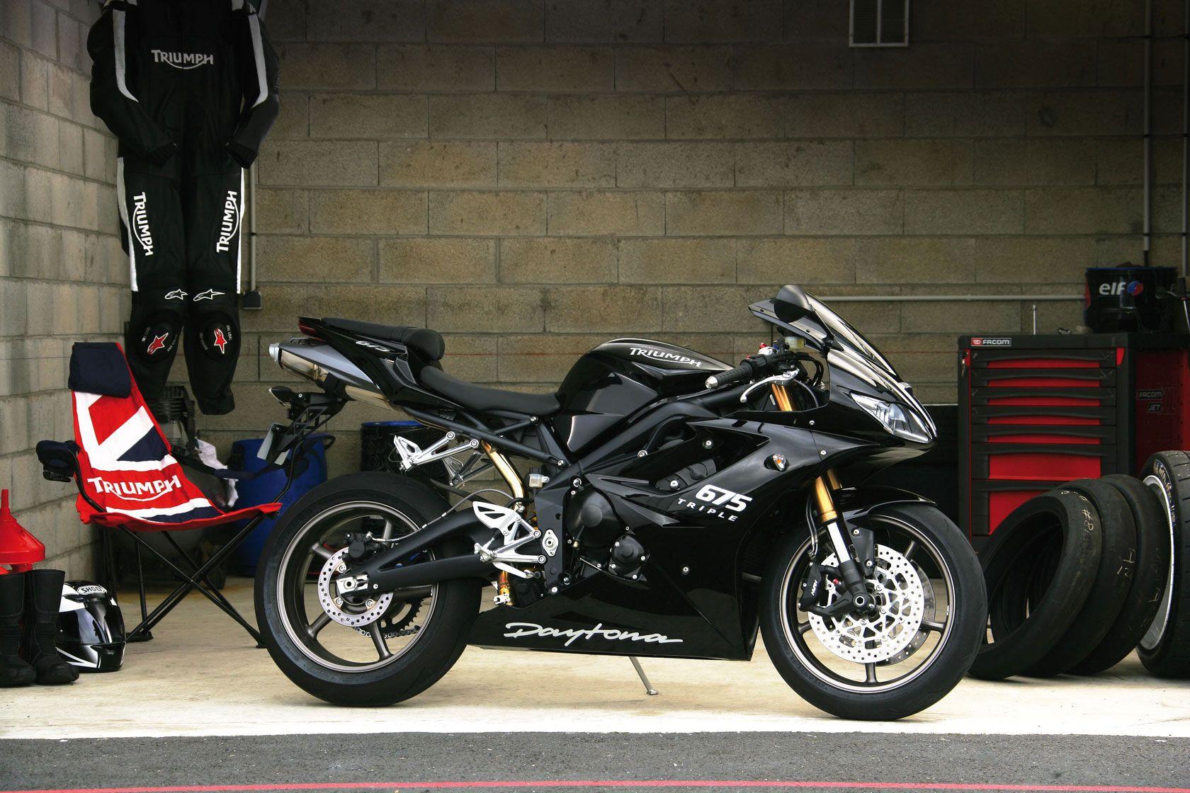 2008 Triumph Daytona 675 Comparison