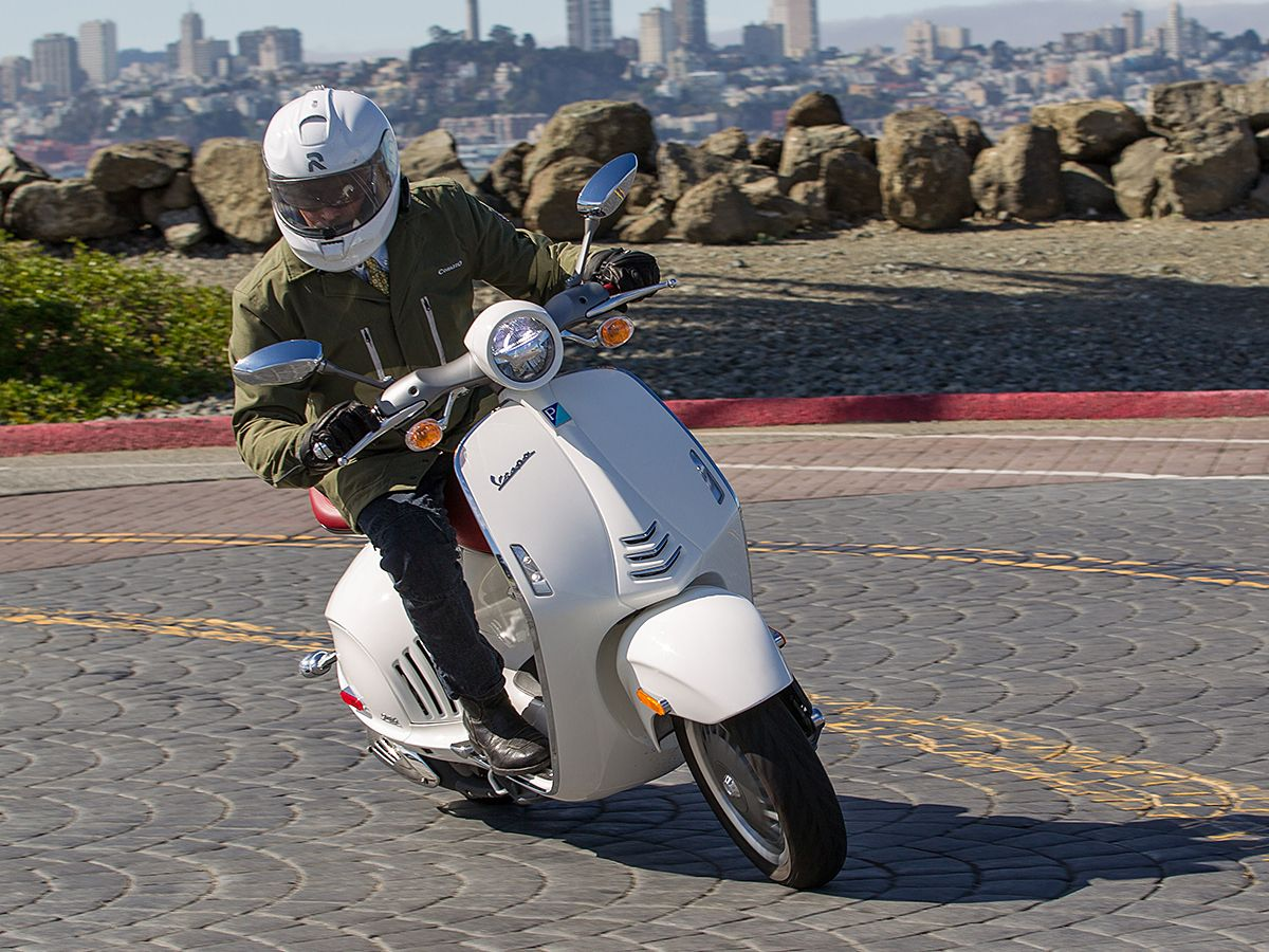 Vespa 946 Scooter Review