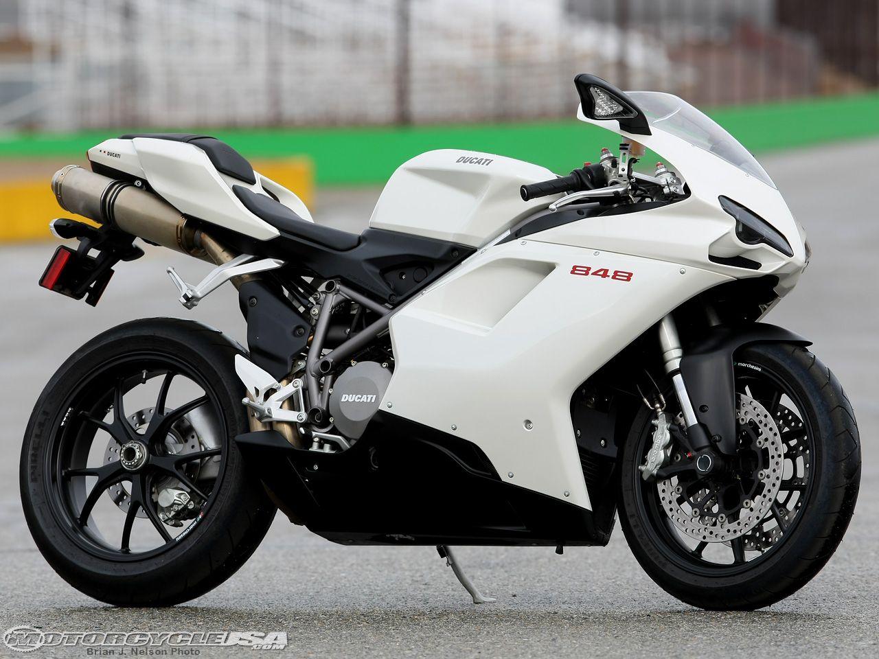 2009 Ducati 848 Comparison