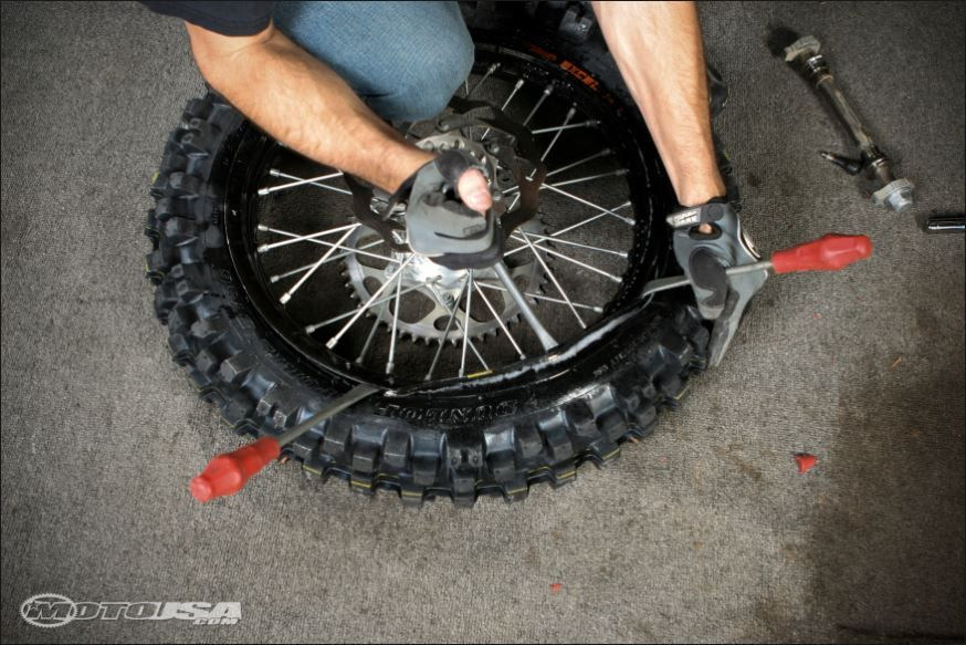 Tire Changing – The Dunlop Method