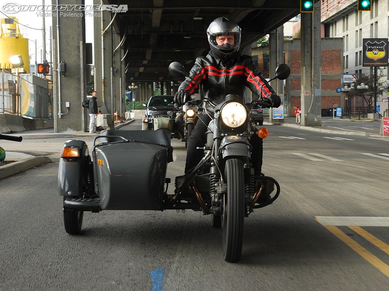 Review: 2015 Ural cT Sidecar Motorcycle on Countersteer