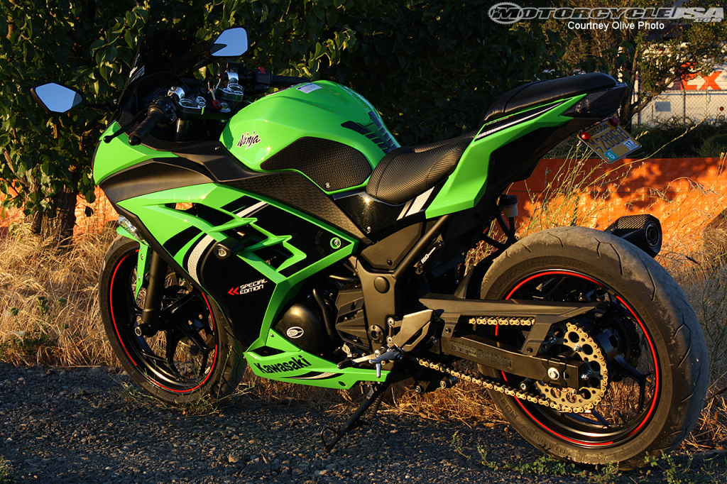 Project Bike, Part 1: The Kawasaki Ninja 300 on Countersteer