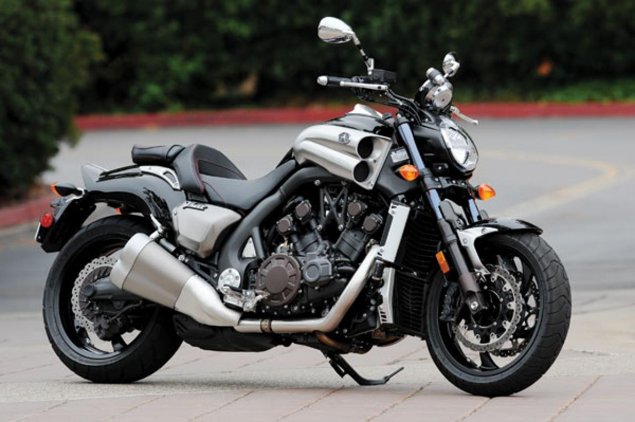 2009 Yamaha Star VMAX Comparison