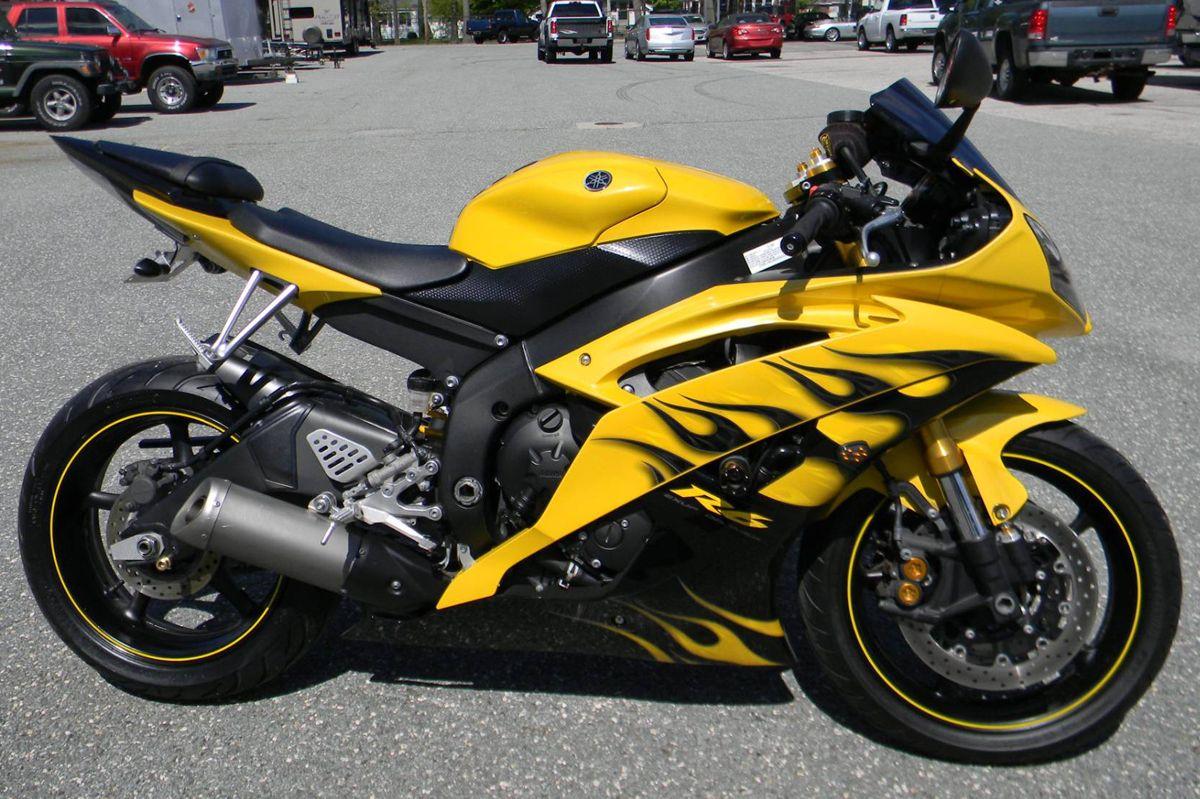 2008 Yamaha YZF-R6 Comparison