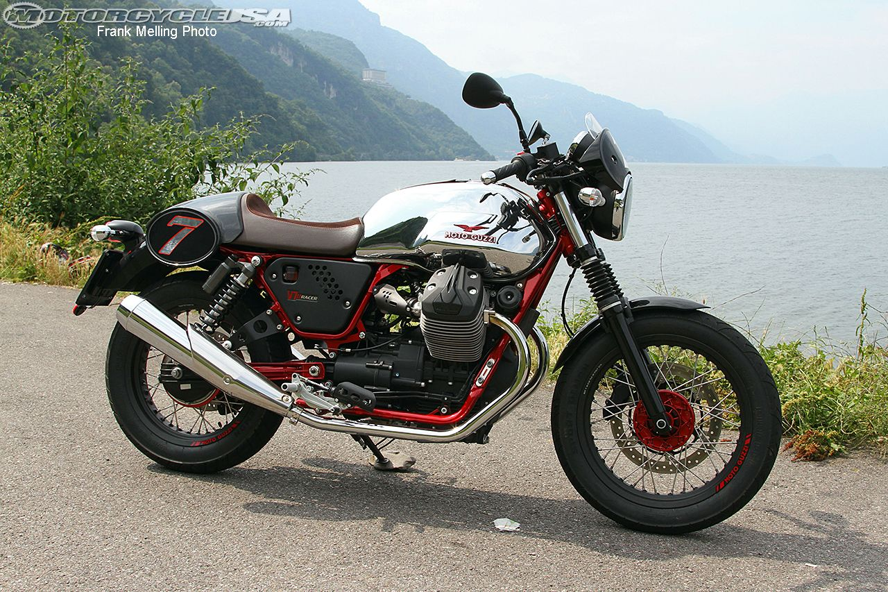 Review: 2015 Moto Guzzi V7 II Motorcycle on Countersteer