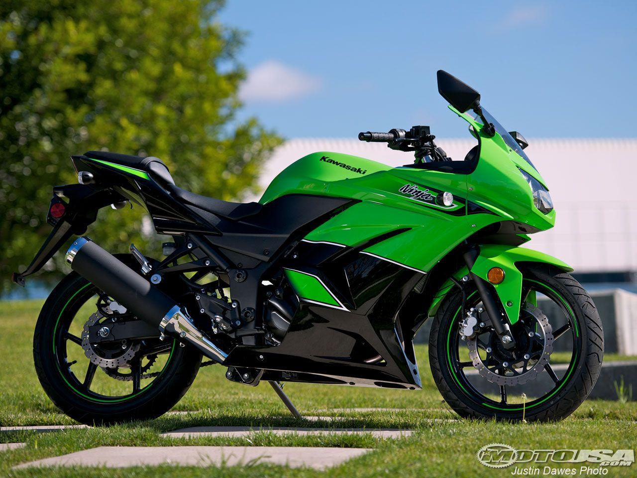 2011 Kawasaki Ninja 250R Comparison