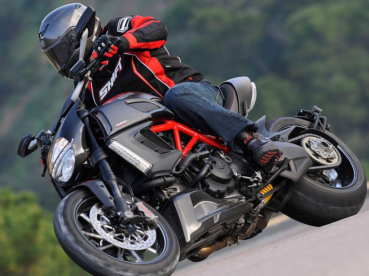 2011 Ducati Diavel First Ride