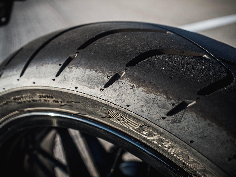 Dunlop Sportmax Roadsmart III Tire Review