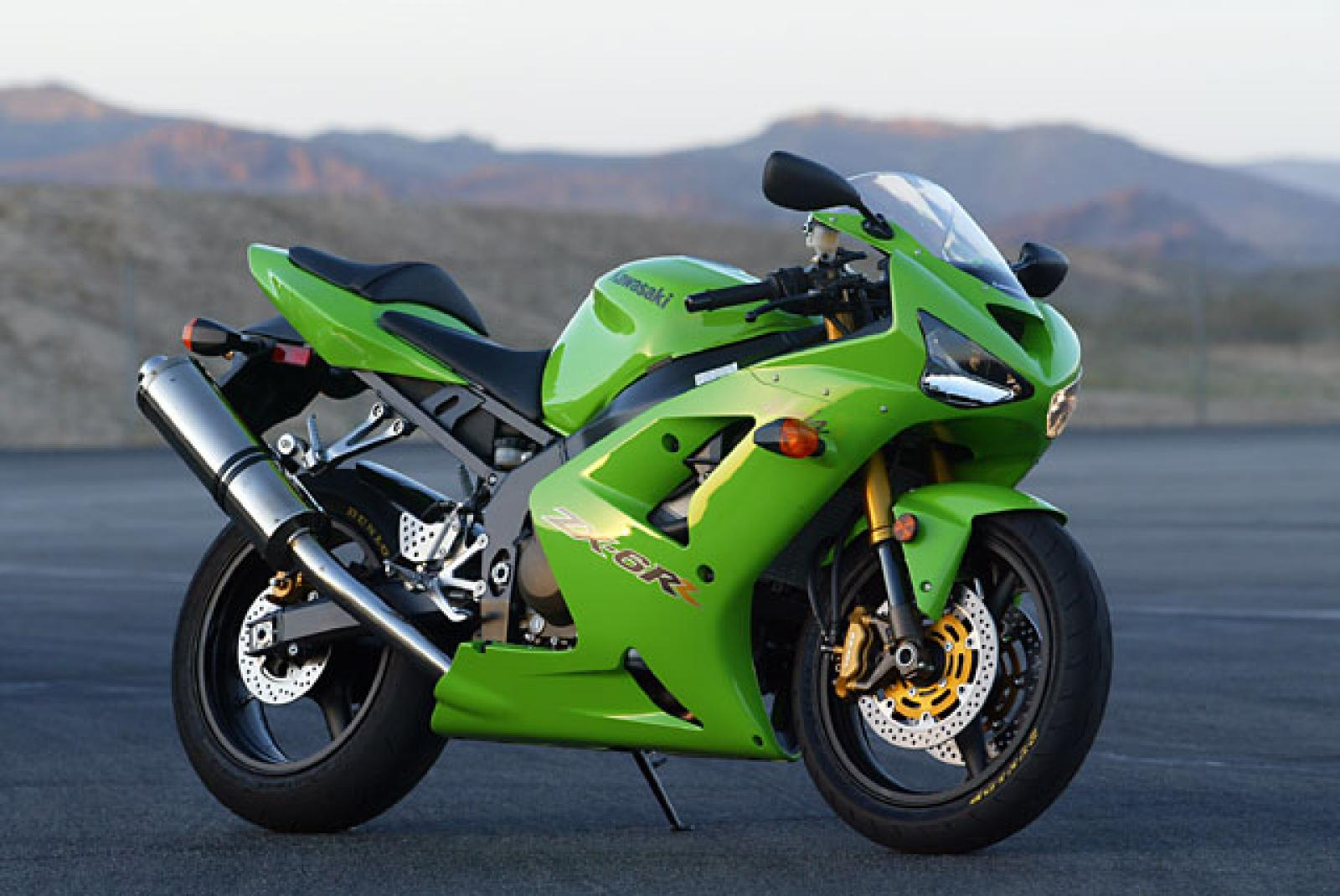 2004 Kawasaki ZX-6R Comparison