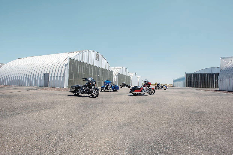 2020 Indian Motorcycles First Look – Thunder Stroke 116 Tourers, Roadmaster Dark Horse