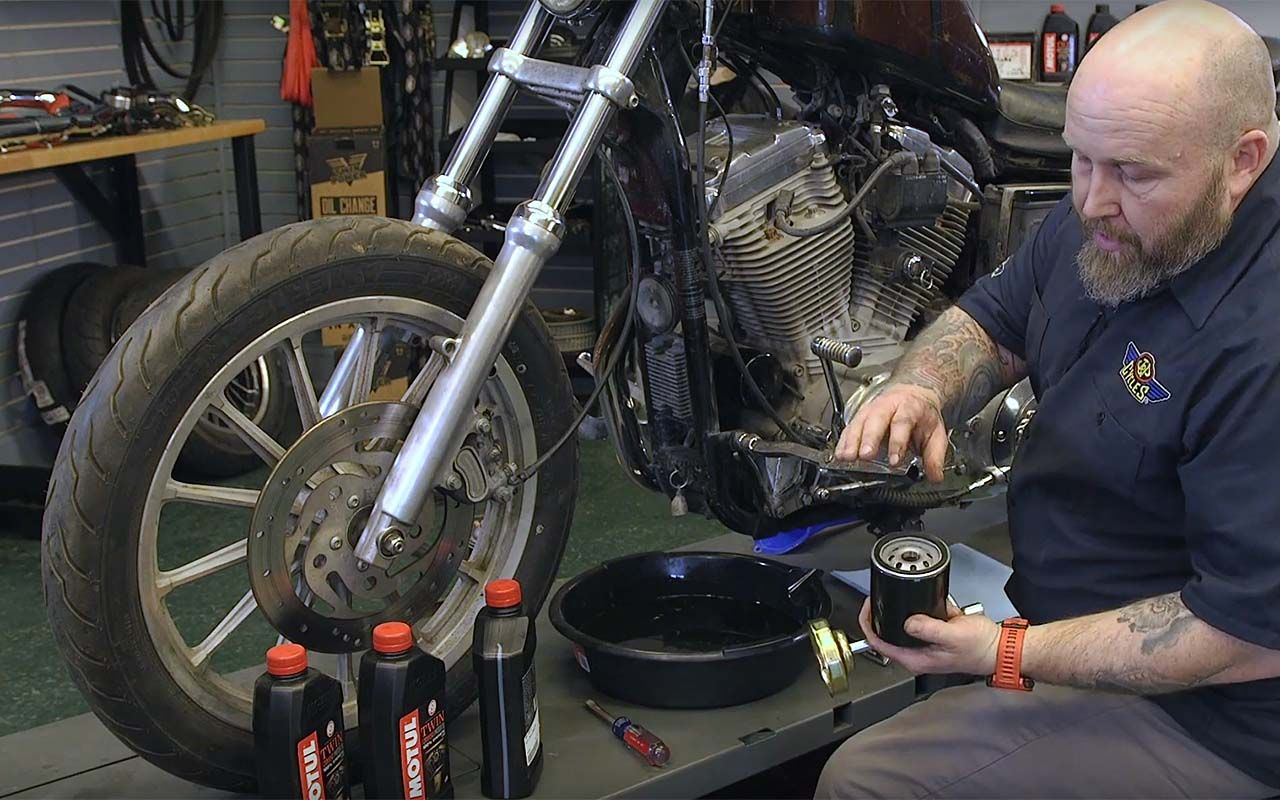 How to Change Oil on a Harley EVO Sportster