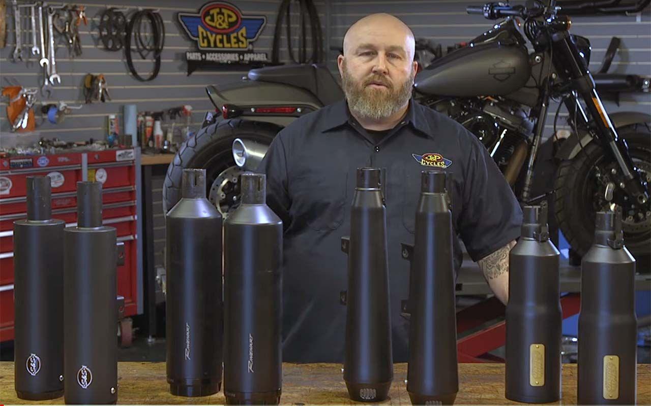 Milwaukee 8 Fat Bob Muffler Shootout Video