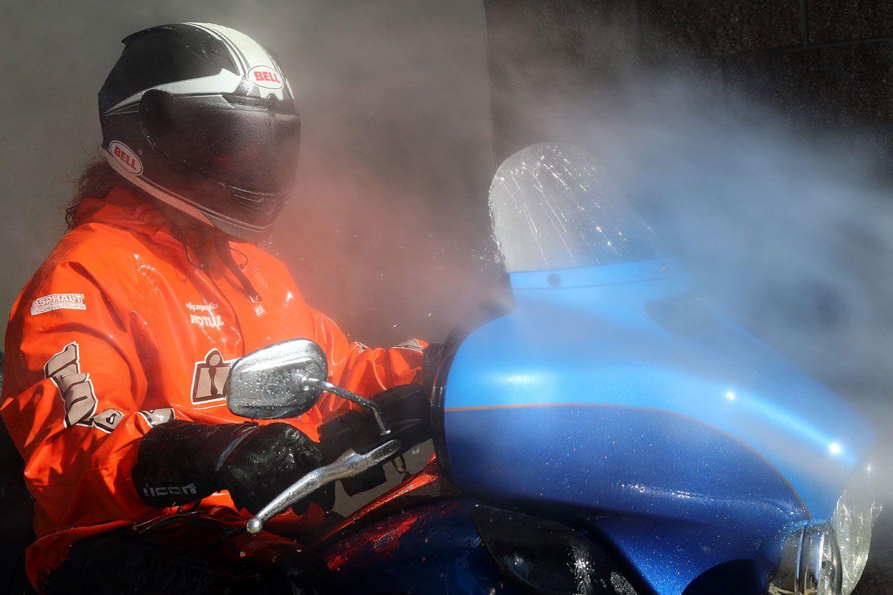Motorcycle Rain Suit Buyers Guide