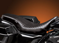 Le Pera Cobra Pleated Seat