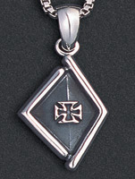Wildthings Stainless Steel Necklace Cross in Diamond Shape with 20″ Chain