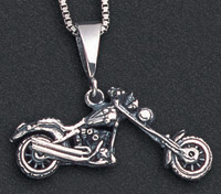 Wildthings Stainless Steel Necklace Chopper Motorcycle with 20″ Chain
