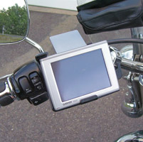 Leader Deluxe Garmin Nuvi 600 Series Mounting Kit