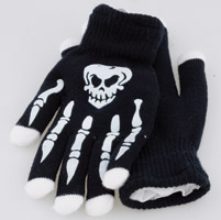 Street FX Skull Gloves with Light Up Fingers