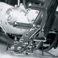 V-Twin Manufacturing Chrome Forward Control Kit