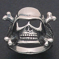 Wildthings Stainless Steel Helmet Skull Bone Ring