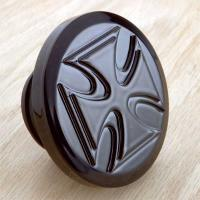 Novello Crusader Cross Gas Cap