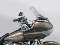 National Cycle 10-1/2″ Clear Wave Windshield