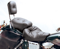 Mustang One-Piece Wide Regal Touring Seat