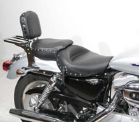 Mustang One-Piece Wide Studded Super Touring Seat
