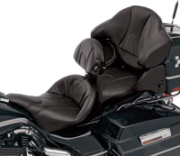 Saddlemen Road Sofa Deluxe Touring Seat with Driver Backrest and Tour Pak Pad