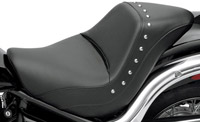 Saddlemen Renegade Deluxe Studded Solo Seat