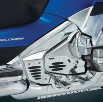 Show Chrome Accessories Chrome Engine Side Covers with Rubber Inserts