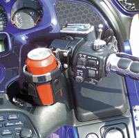 Leader Drink Holder with Ultra-Snap Insert Gold Wing Controls