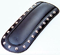 Mustang Studded Fender Bib for Yamaha V-Star 650 Classic