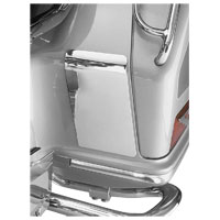 Show Chrome Accessories Saddlebag Kickplate Set